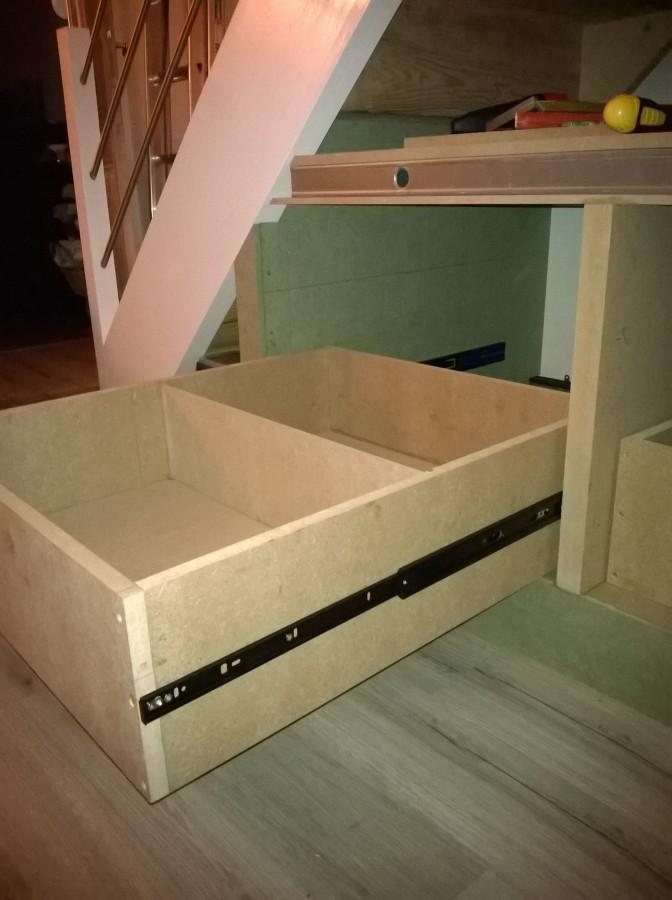 Am nagement sous escalier ba13 medium fermacell for Lasurer un meuble en bois